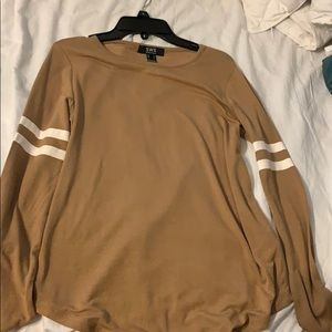 Brown, long sleeve with white stripes